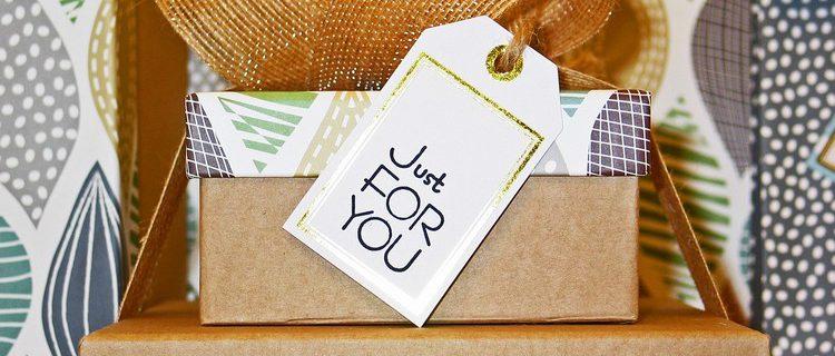 Geschenke, über die sich beide in der Sugardaddy Beziehung zu Weihnachten freuen