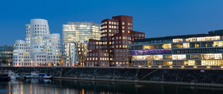 Sugardating im Düsseldorfer Medienhafen