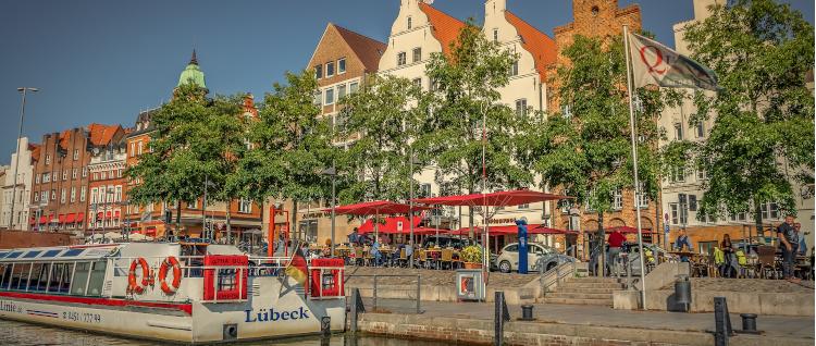 Sugardaddy und Sugarbabe gemeinsam in Lübeck